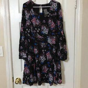 NWT Torrid floral long sleeve midi flowy dress
